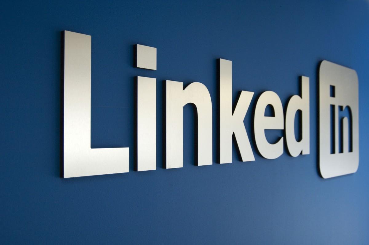 LinkedIn for Brainstorming and Feedback