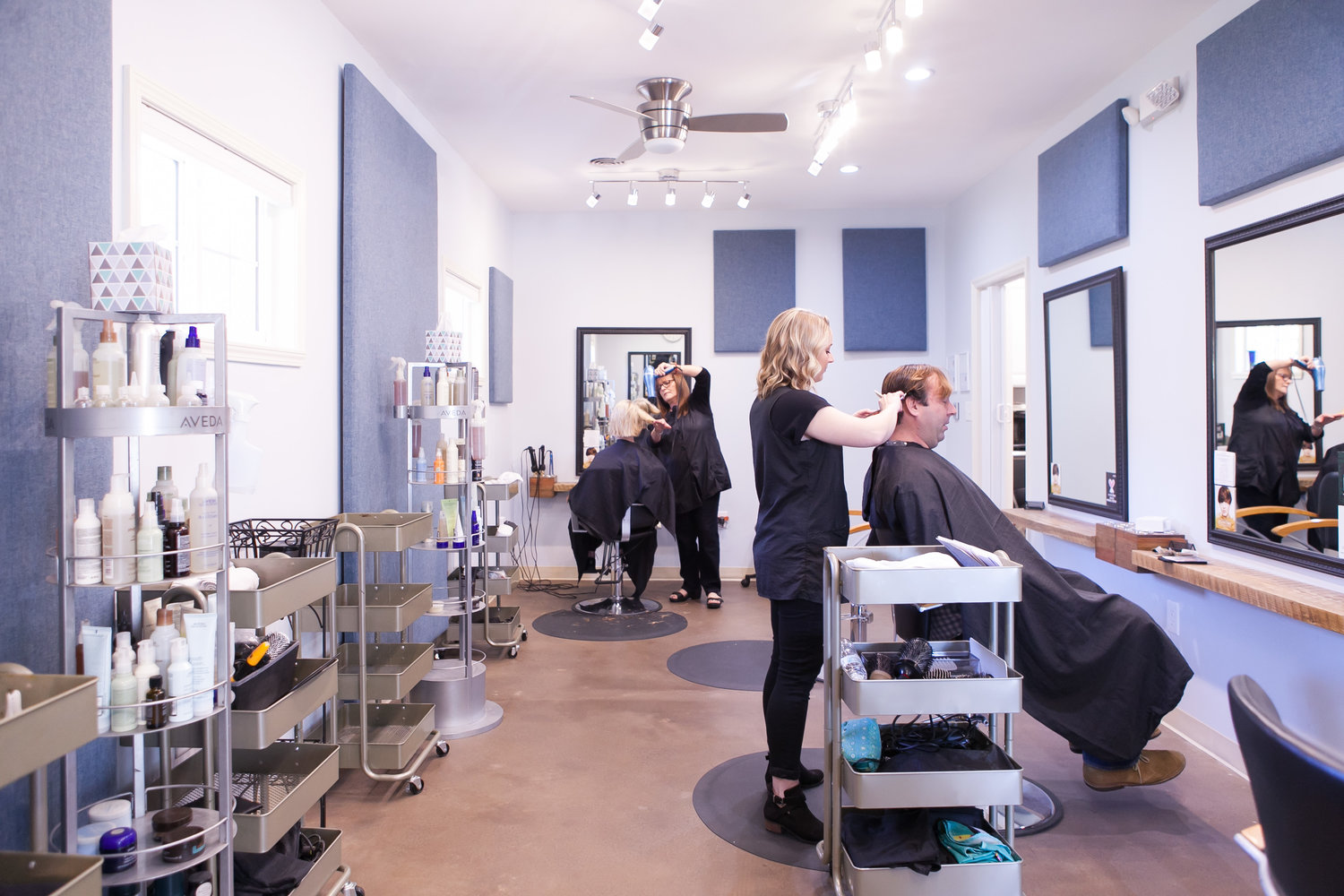 10 people you are guaranteed to meet in a salon