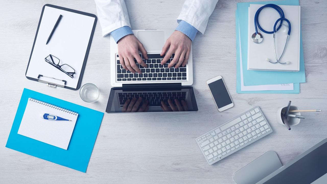 7 Digital Marketing Hacks for Healthcare Businesses