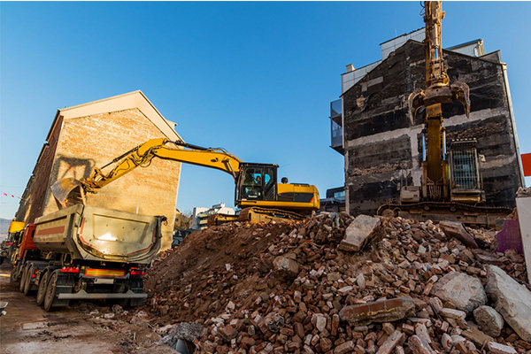 Essential Points to Keep Track After Hiring Residential Demolition Service Provider