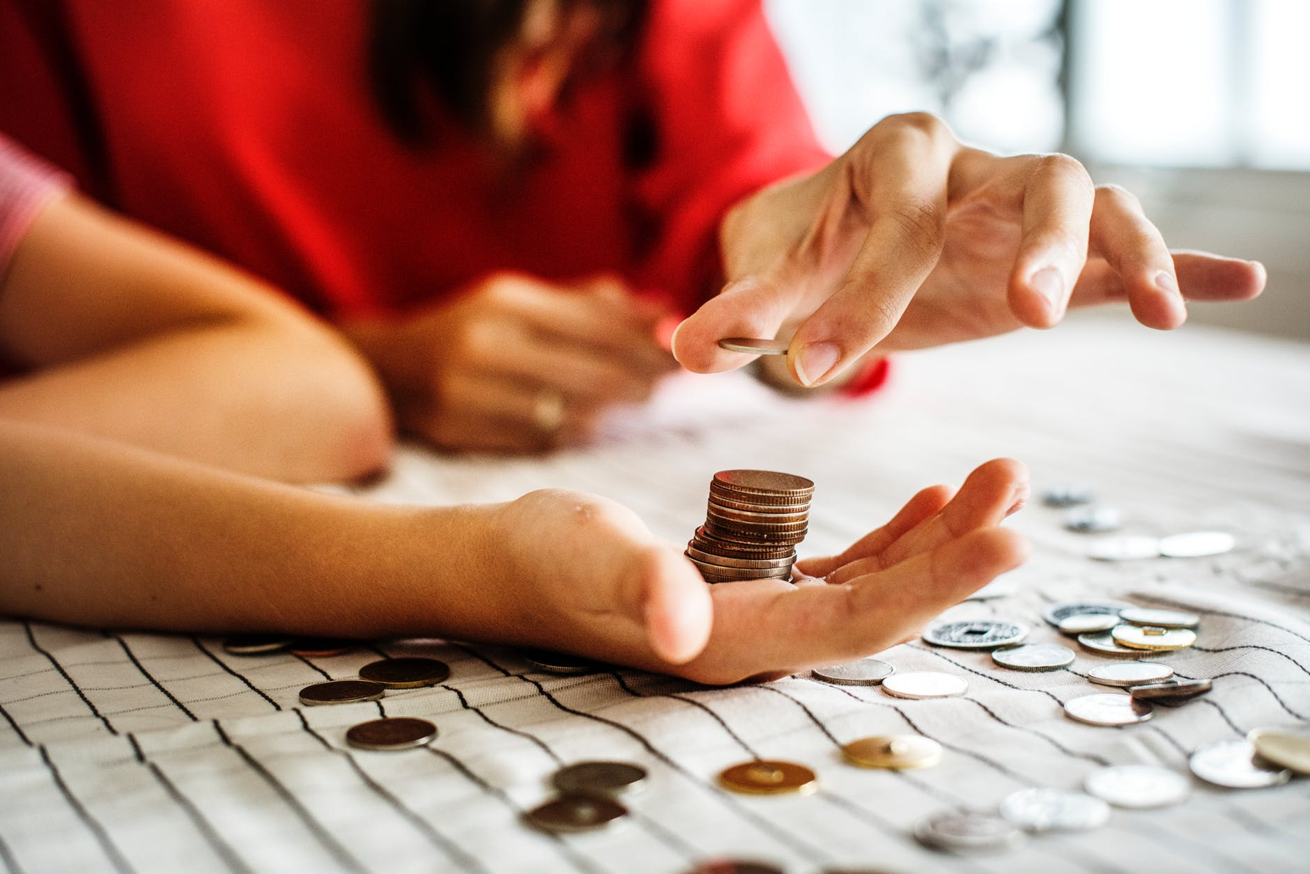 How To Get Financial Aid To Continue With Studies And Build A Career
