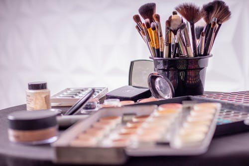 Look for salons with top-quality products