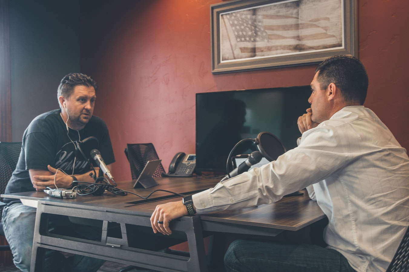 6 Tips to Leverage Your Podcast and build a massive brand