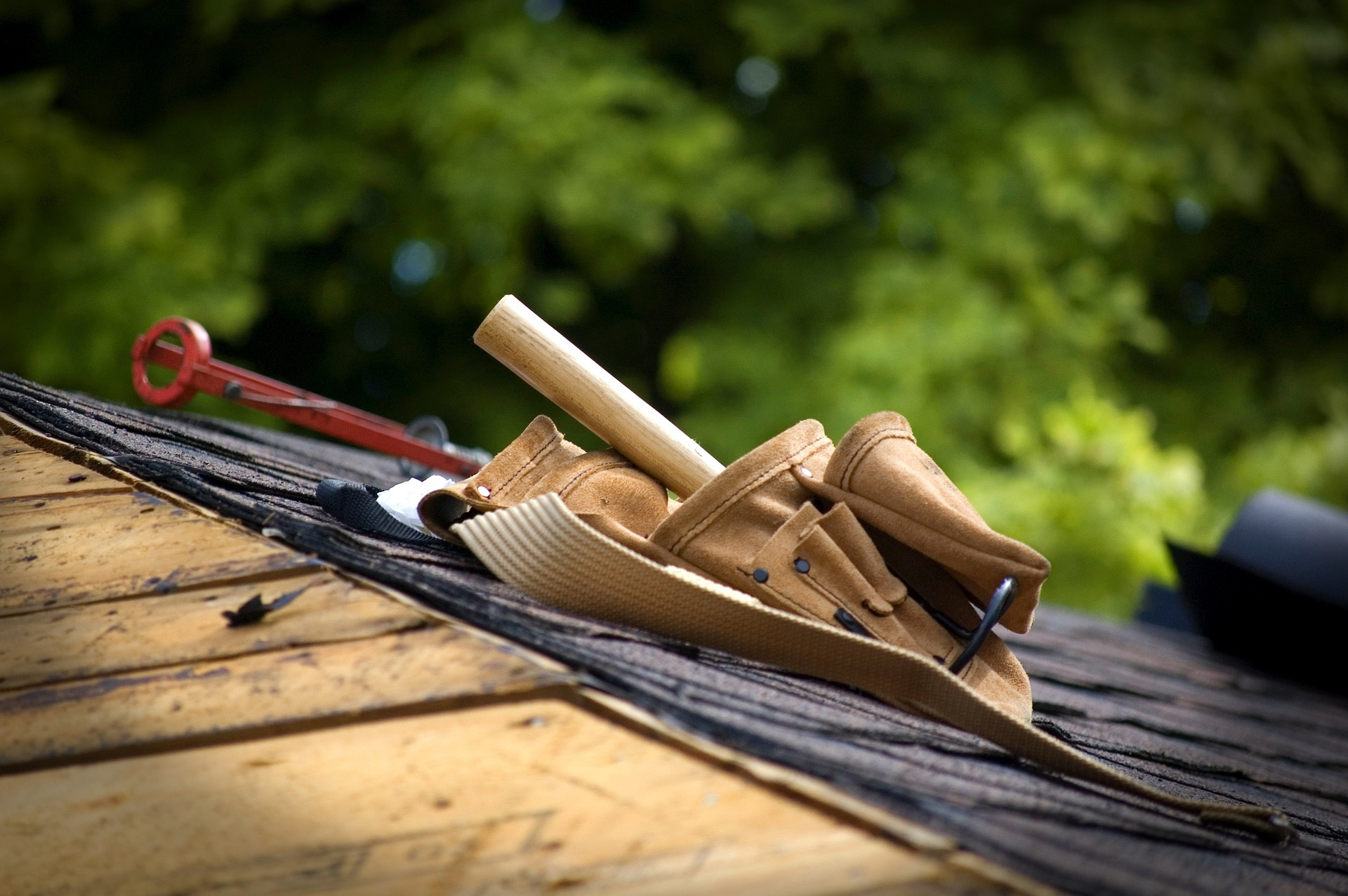 How to choose what roofing material is right for your home?