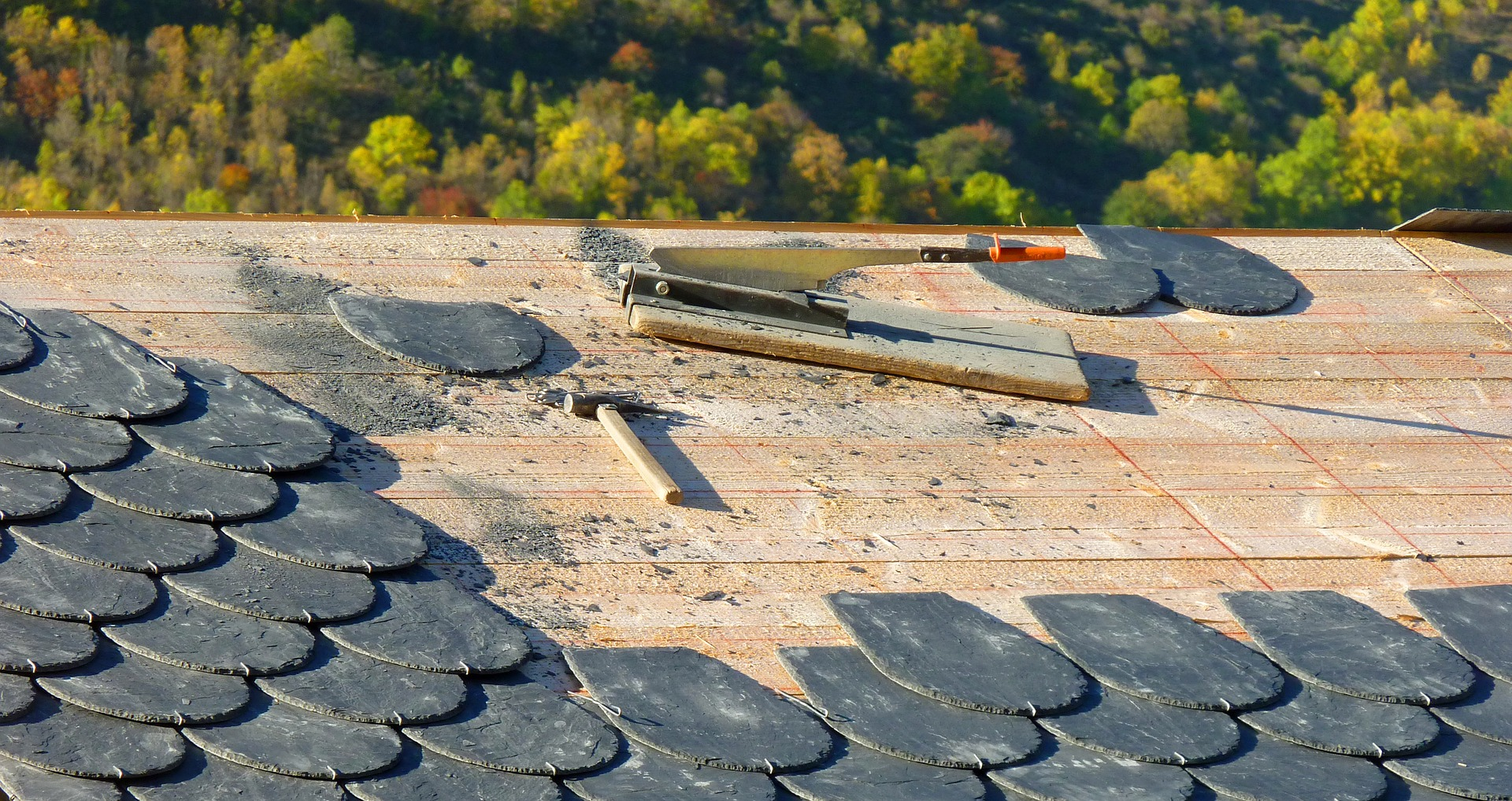 4 Signs That You Need to Repair your Roof