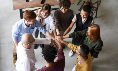5 Excellent Ways to Reward Team Building Efforts