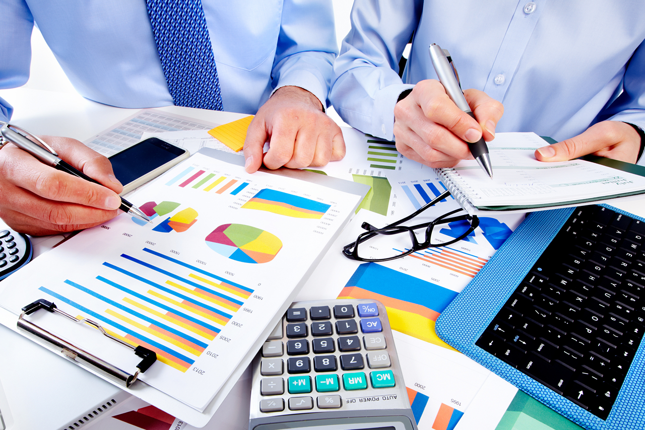 What Is The Difference Between A CPA And A Public Accountant?