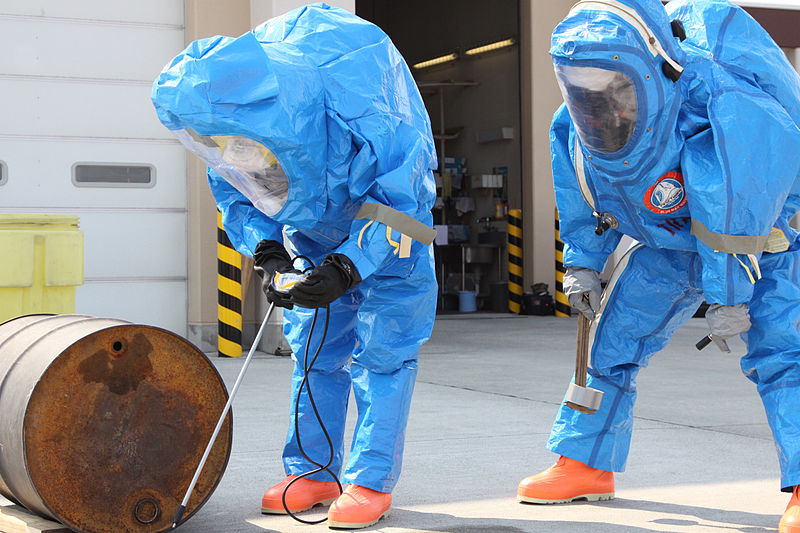 Best Tips for Handling Hazardous Chemicals Safely In The Workplace