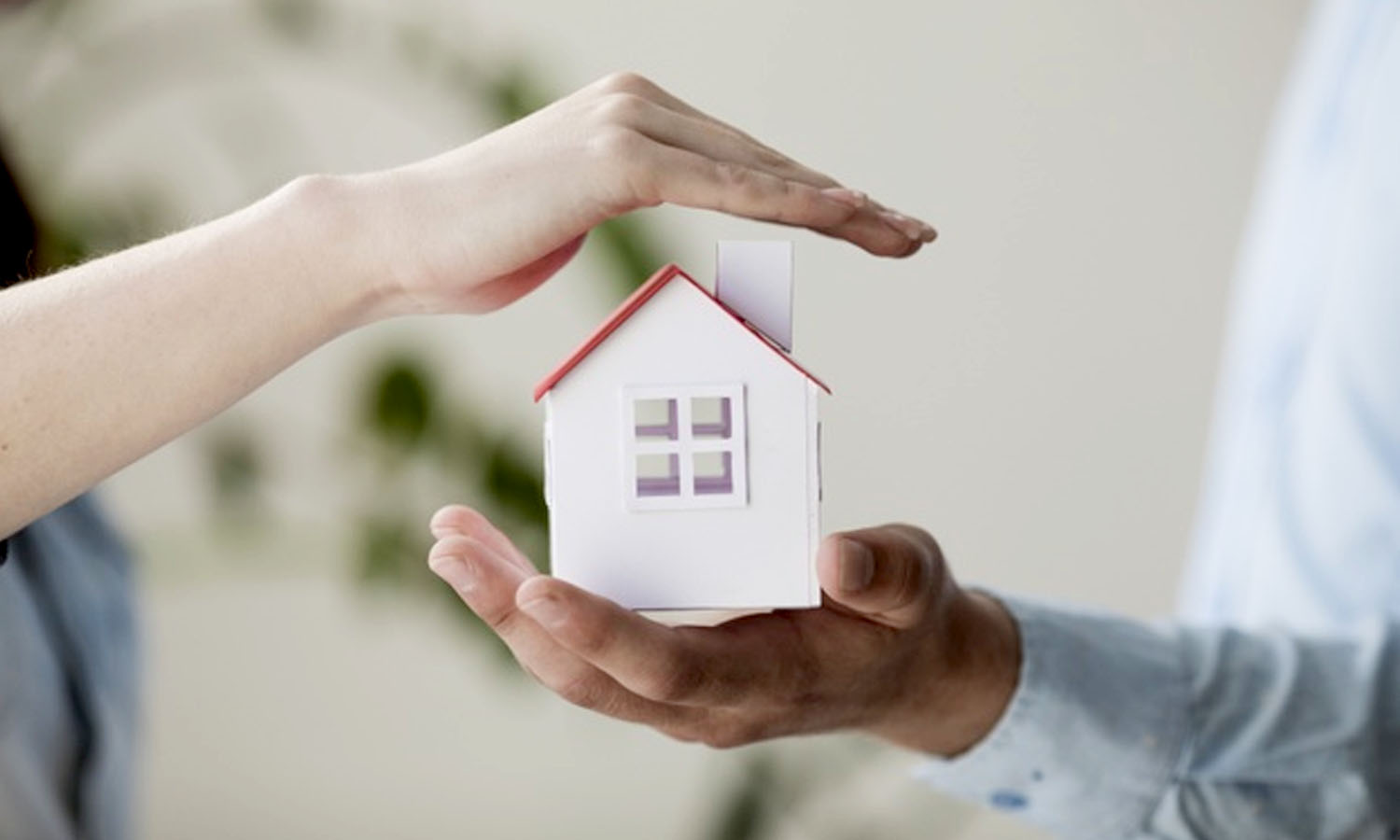 Home Insurance: Avoiding Scams and Misinformation during COVID-19