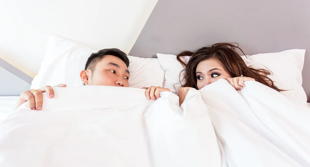 How to Catch a Cheater: 10 Handy Ways to Spy on a Cheating Spouse